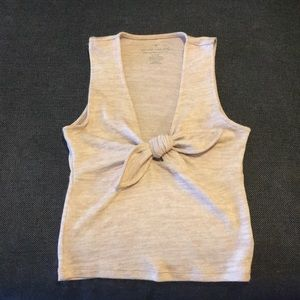 American Eagle Cropped light pink bow tank (rare)